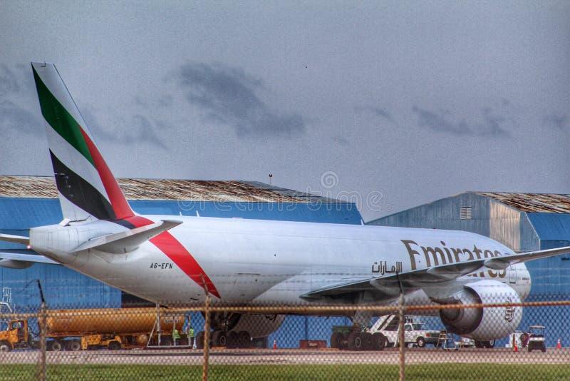 Emiratlastflygplan på BQN fotografering för bildbyråer