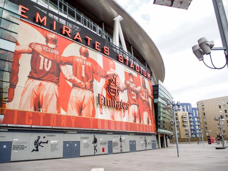 Emiratstadion, hemmet av arsenalfotbollklubban i London arkivfoto