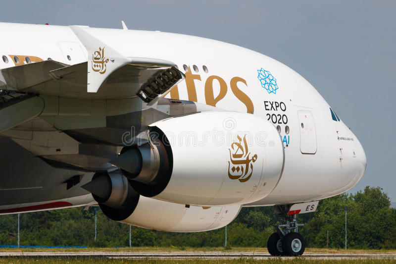 Download A380 emiraty zdjęcie stock editorial. Obraz złożonej z technologia - 57672968