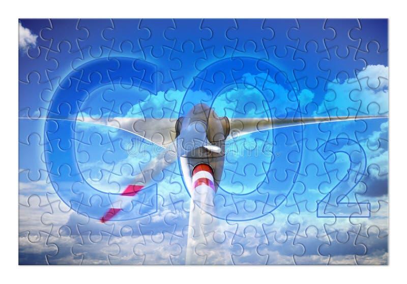 Emissioni di riduzione della CO2 nell'atmosfera facendo uso della e alternativa fotografie stock libere da diritti