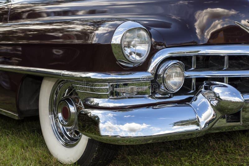 Emmering Tyskland, 19 September 2015: Cadillac Fleetwood tappning royaltyfri bild