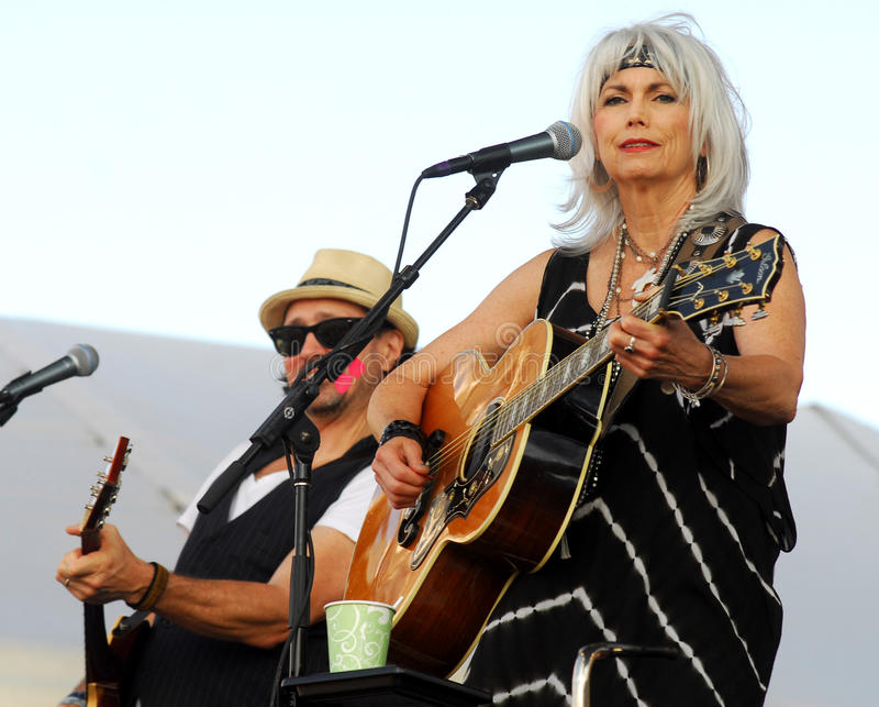 Download Emmylou Harris editorial photography. Image of guitar - 20558082