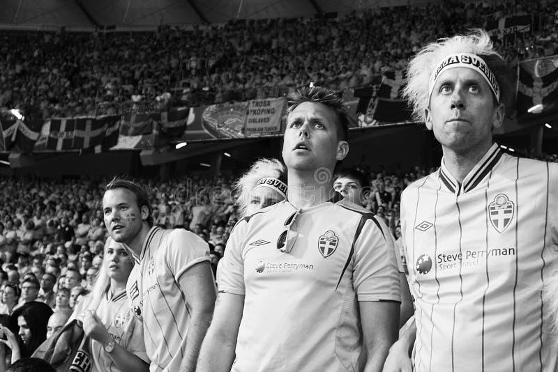 Emociones y desesperación de ventiladores suecos fotos de archivo