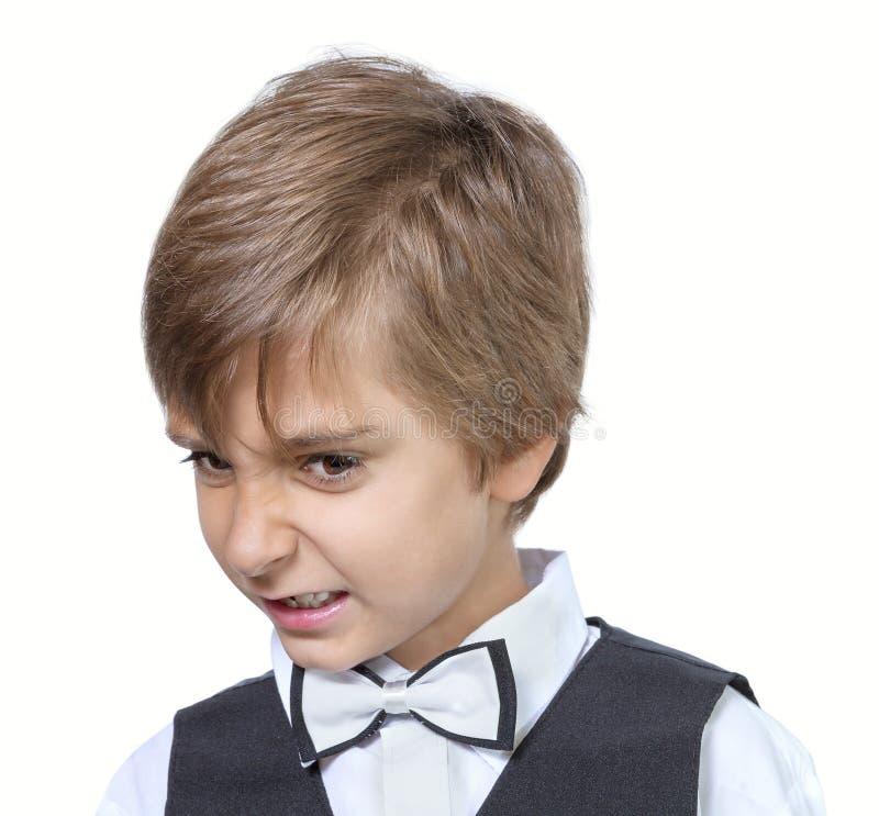 Emotionales Porträt des schlechten jugendlich Jungen stockfotos