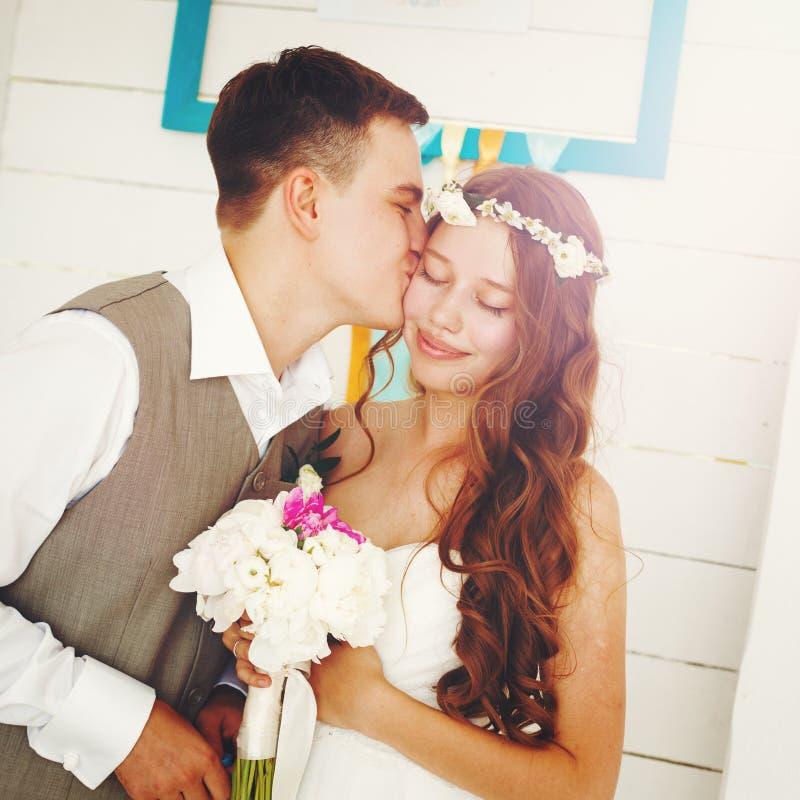 Emotioneel Ogenblik van Huwelijksdag stock foto