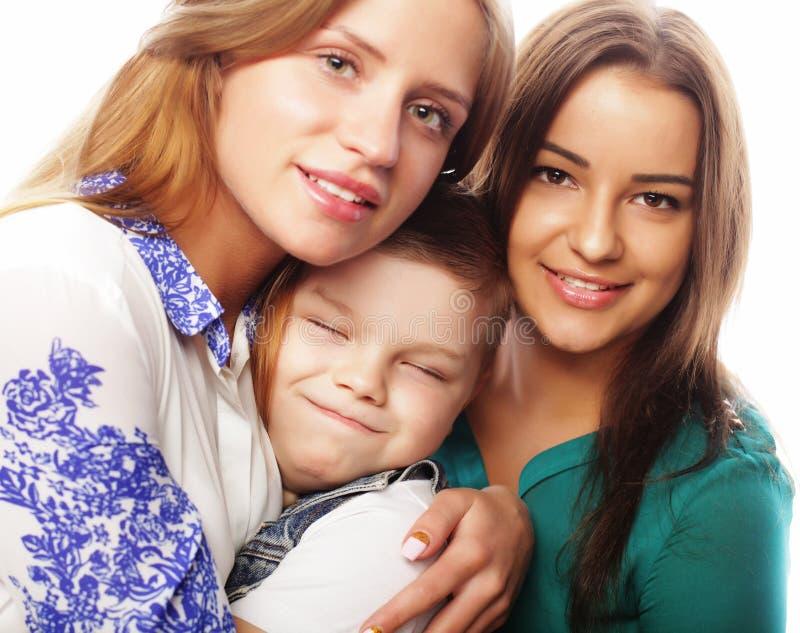 Emotionell och folkbegrepp för livstil, för lycka: systrar för broderanв två royaltyfri fotografi