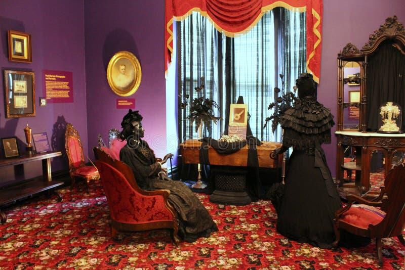 Emotionell utställningsbeläggningsorg på viktorianska begravningar, Canfield kasino, Saratoga Springs, New York, 2018 royaltyfri fotografi