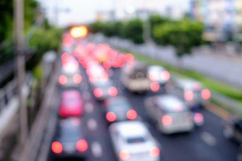 Empañe el camino del tráfico con el fondo del extracto de la luz del bokeh imagen de archivo libre de regalías