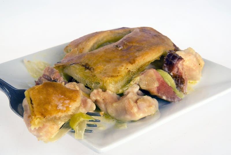Empanada del pollo y del jamón imagen de archivo