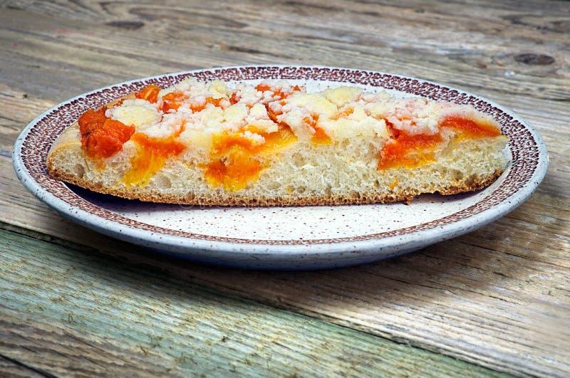 Empanada hecha en casa del albaricoque fotos de archivo libres de regalías