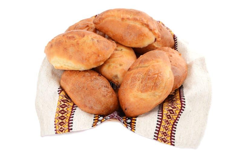 Empanadas ucranianas y rusas tradicionales aisladas en el fondo blanco foto de archivo libre de regalías