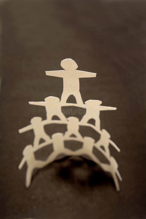 Empapele la pirámide de la muñeca imagen de archivo