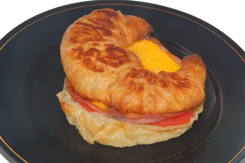 Emparedado del desayuno del jamón y del queso imágenes de archivo libres de regalías