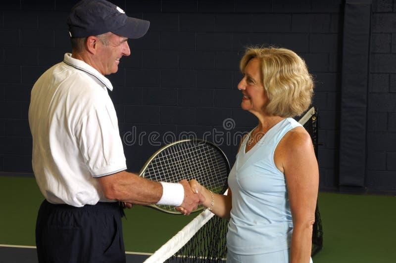 Emparejamiento mayor del tenis imágenes de archivo libres de regalías