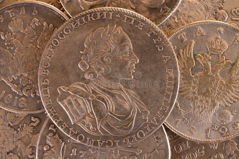 Emperador Peter A del ruso de la moneda 1722 de la rublo de la plata del fondo del vintage Autócrata de toda la Rusia imagen de archivo
