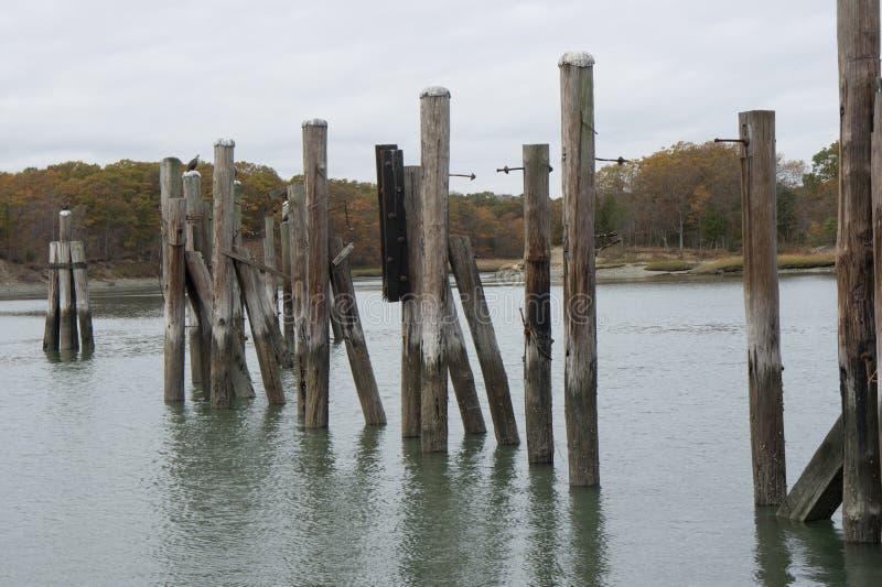 Empilages en rivière image libre de droits
