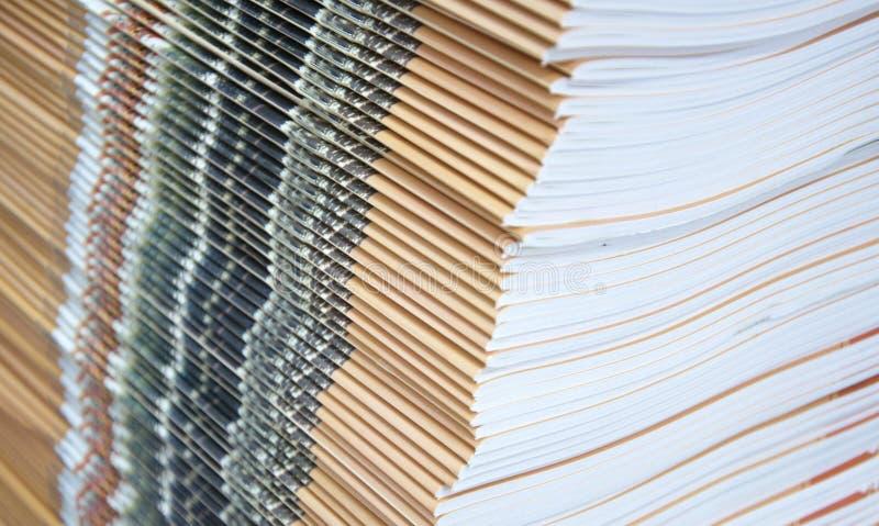 Empilhamento da matéria impressa fotografia de stock