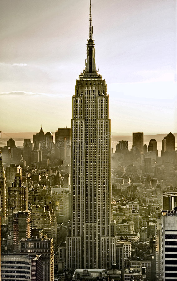 Download Empire State Building editorial image. Image of group - 8329050