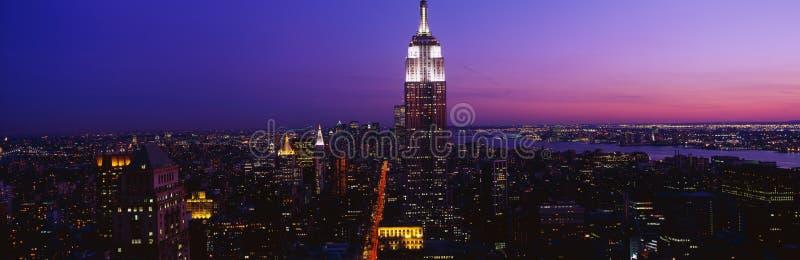 Empire State Building au coucher du soleil photographie stock libre de droits