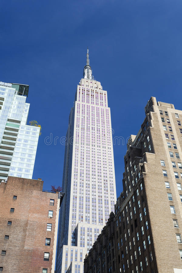 Download Empire State Building Framed Editorial Photography - Image: 83703172