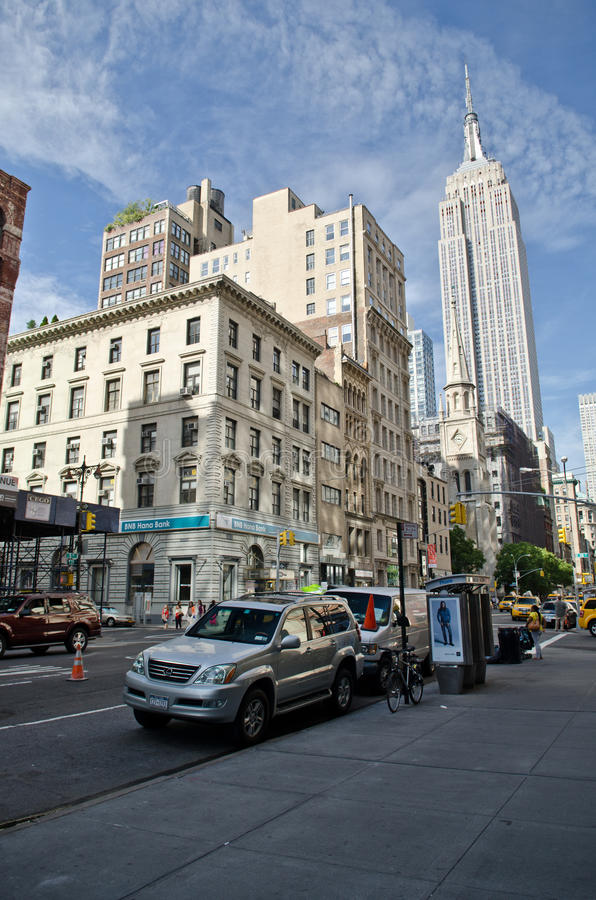 Download The Empire state building editorial stock photo. Image of america - 33555928