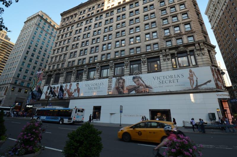Empire State Building, New York City, coche, edificio, zona metropolitana, señal fotos de archivo