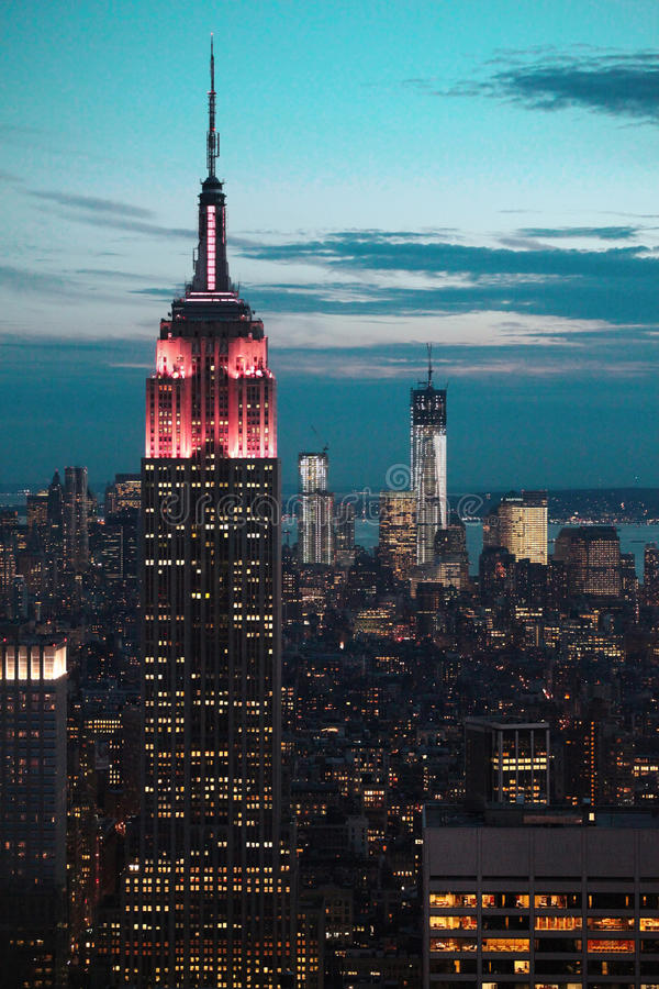 Download Empire State Building At Night Editorial Image - Image: 27757455