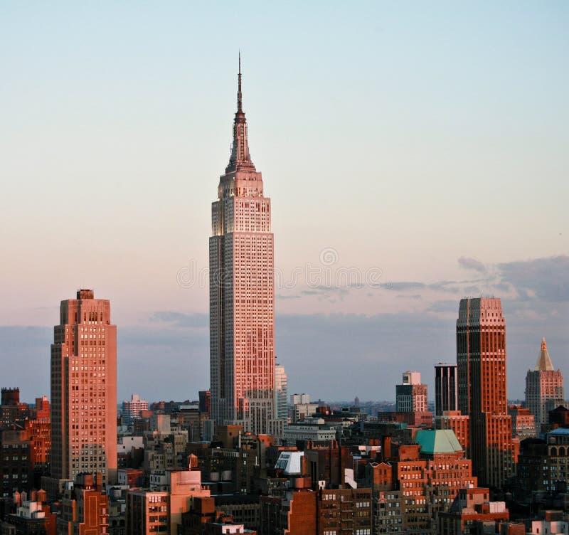 Empire State Building prima del tramonto fotografia stock libera da diritti