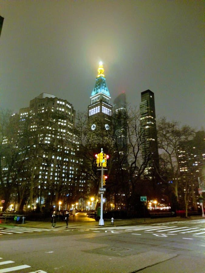 Empire State Building von Bryant Park stockfoto