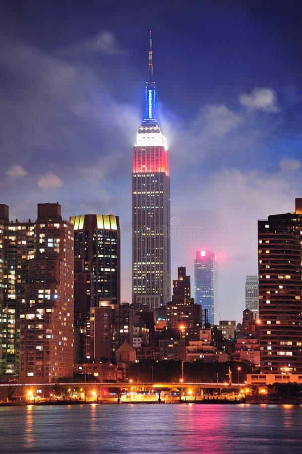 Empire State en la noche fotografía de archivo libre de regalías
