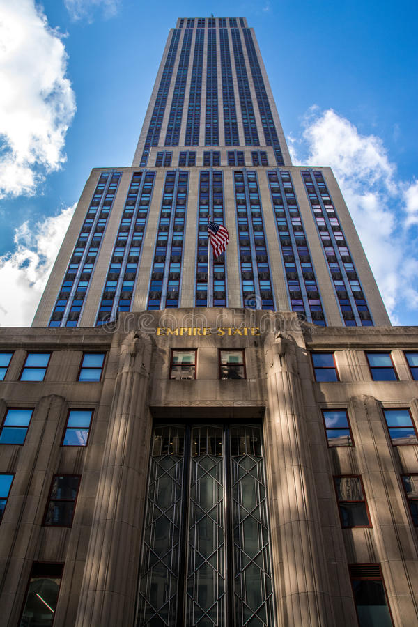 Download Empire State editorial photography. Image of sunny, avenue - 38864132
