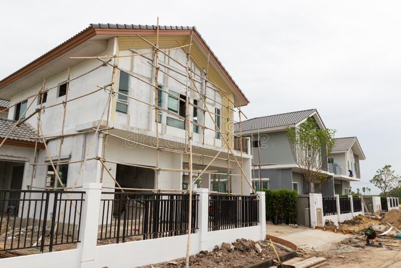 Emplazamiento del edificio y de la obra del nuevo hogar fotos de archivo