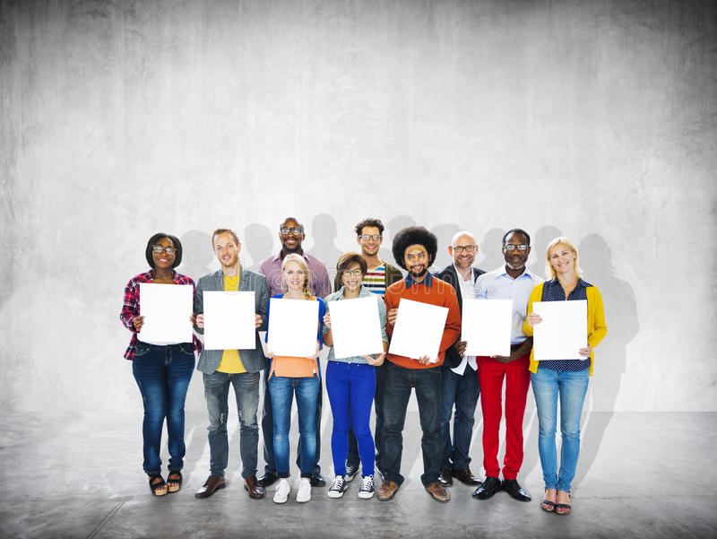 Empleo alegre casual Team Teamwork Togetherness de la pertenencia étnica fotografía de archivo