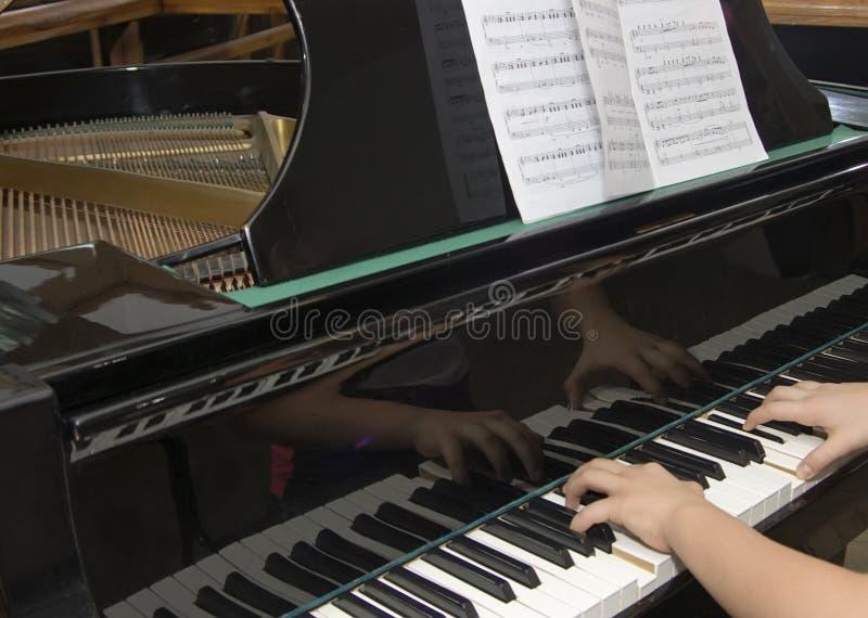 Emploi par musicclassics images stock