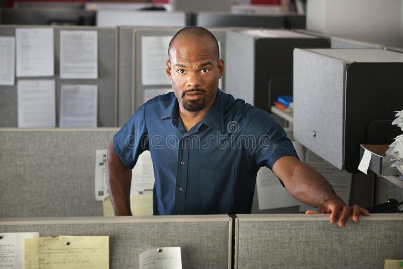 Employé de bureau calme photo stock