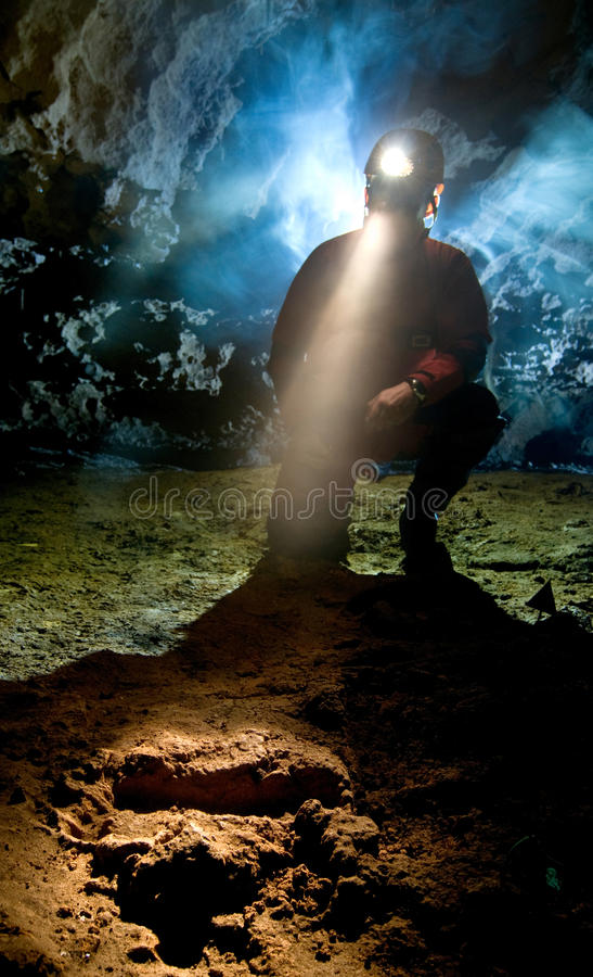 Empreinte de pas Neanderthalian image libre de droits