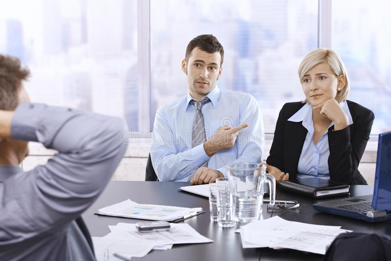 Empresários na discussão imagens de stock royalty free