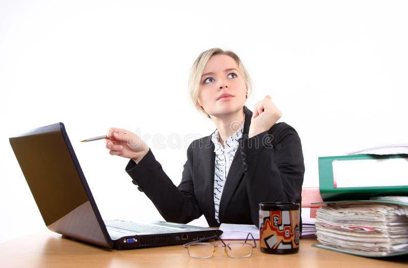Empresaria en oficina foto de archivo libre de regalías