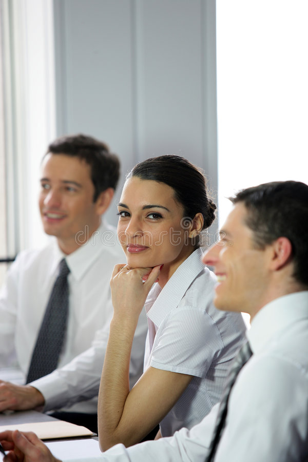 Download Empresaria Que Assiste A Una Reunión Foto de archivo - Imagen de hombres, hermoso: 7286494