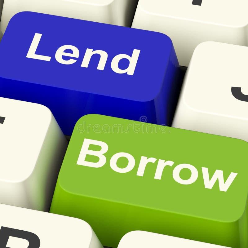 Empreste e peça as chaves que mostram o empréstimo ou o empréstimo no interno fotos de stock