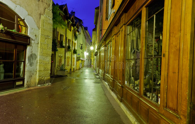 Download Empty Alley Royalty Free Stock Images - Image: 23158329