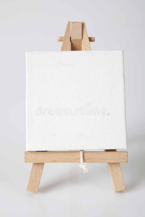 Download Empty Artists Canvas On An Easel Stock Image - Image: 31386831