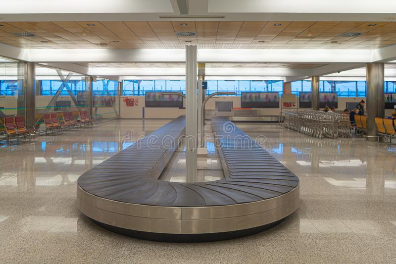 Empty Baggage Carousel In Airport Hall Stock Photo - Image of  transportation, metal: 16179668