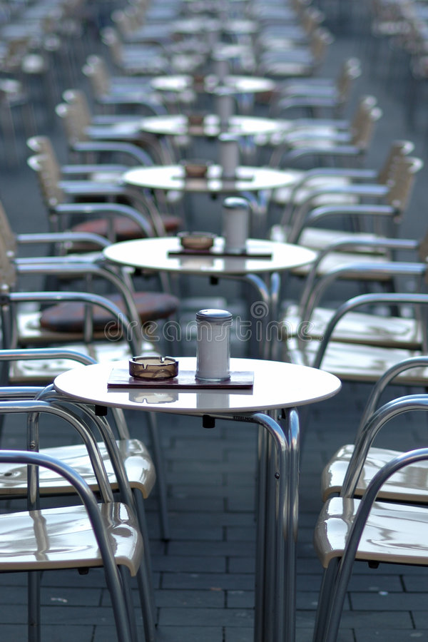 Free Empty Cafe Royalty Free Stock Image - 596386