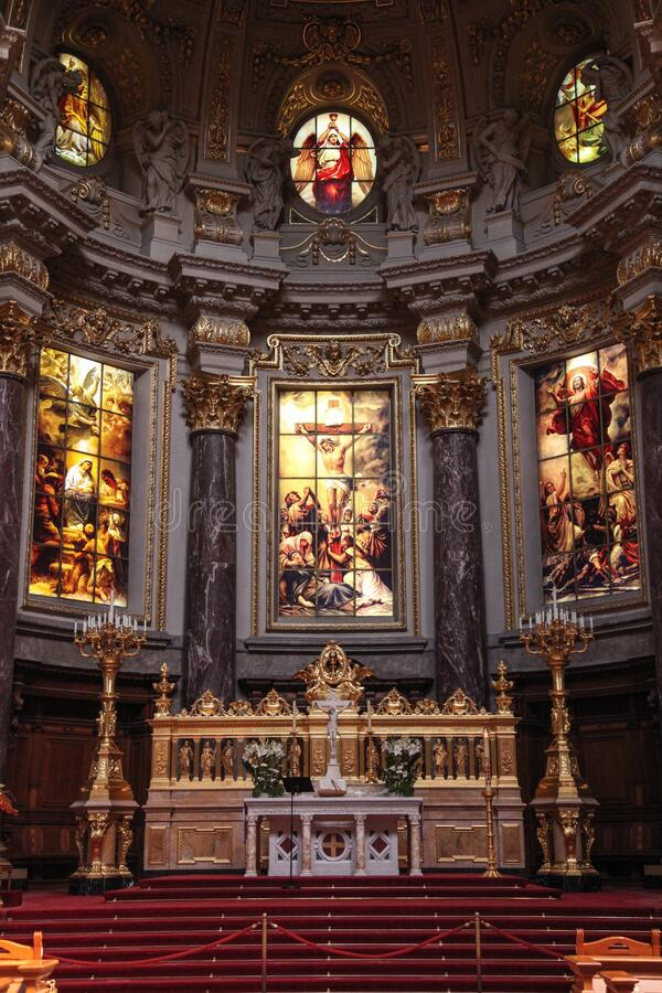 Empty Cathedral Hall Free Public Domain Cc0 Image