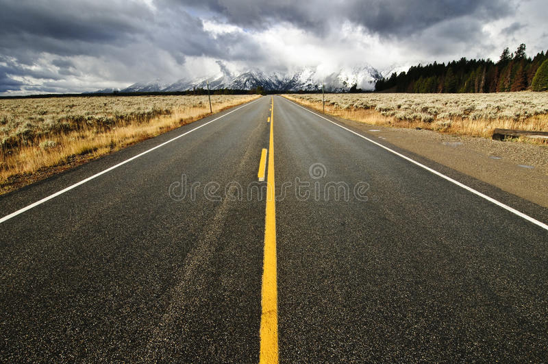 Download An Empty Highway In Teton National Park Stock Image - Image: 24165541