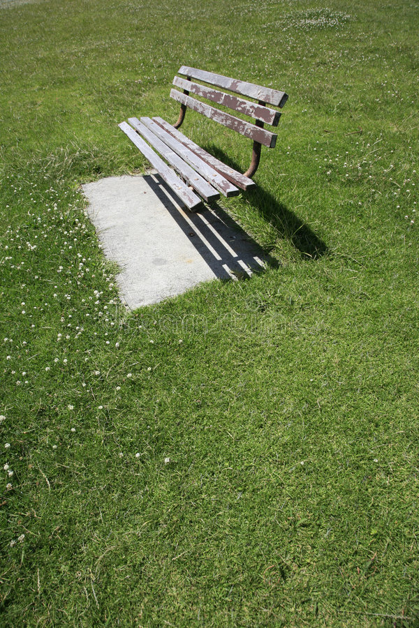 Free Empty Park Bench Royalty Free Stock Image - 7041186
