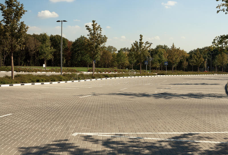 Download Empty Parking Lot Royalty Free Stock Images - Image: 16656129