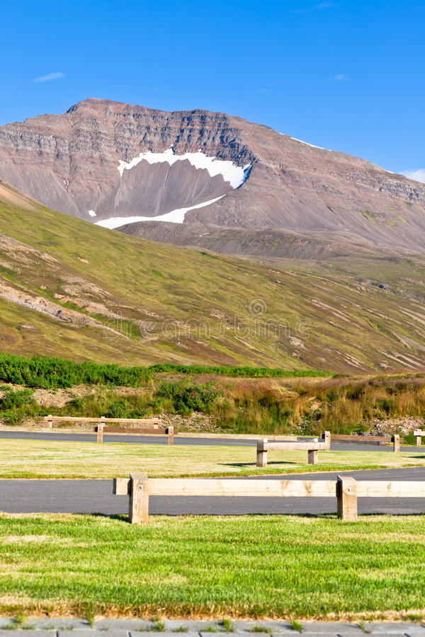 Download Empty Resting Area At Iceland Roadside Stock Image - Image: 28035031