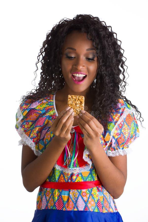 Empurrão brasileiro vestido menina foto de stock